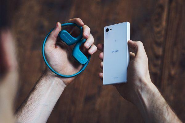 Mp3 predvajalnik Sony NW-WS623 bluetooth nfc brezžično seznanjanje