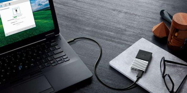 Externí pevný disk WD My Passport SSD automatické zálohování