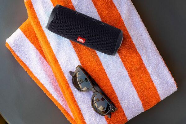 bezdrátový Bluetooth reproduktor jbl flip 5 párty přenosný nabíjecí baterie na 12 h provozu