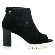 Vices Dámske čierne azúrové topánky Open Toe