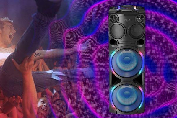bytelný přenosný párty reproduktor panasonic tmax50 bluetooth 5.0 světelné efekty bassreflex karaoke výkon 2000 w bassreflex konstrukce fm rádio cd mechanika usb port i s nabíjením