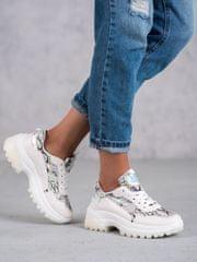 Pěkné dámské bílé tenisky bez podpatku