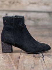 Krásné dámské kotníčkové boty černé na širokém podpatku