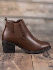 Originální dámské kotníčkové boty hnědé na širokém podpatku