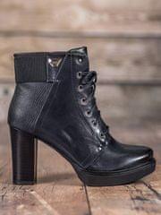 Krásné modré kotníčkové boty dámské na širokém podpatku
