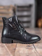 Klasické kotníčkové boty černé dámské na širokém podpatku