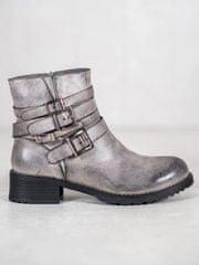 Originální šedo-stříbrné kotníčkové boty dámské na plochém podpatku