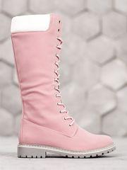 Výborné růžové dámské kozačky na plochém podpatku