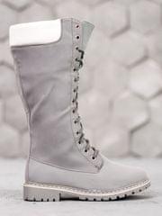 Jedinečné dámské šedo-stříbrné kozačky na plochém podpatku