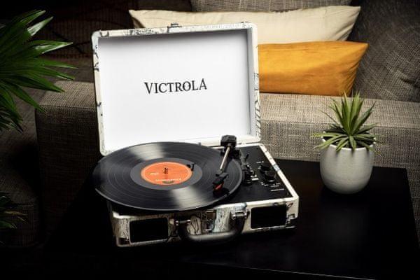 kufříkový retro gramofon Victrola VSC-550BT řemínkový pohon 3 rychlosti otáček 33 45 78 RCA výstup sluchátkový výstup bluetooth