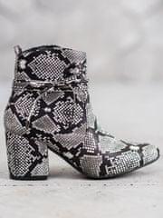 Evona Kotníkové boty na sloupku