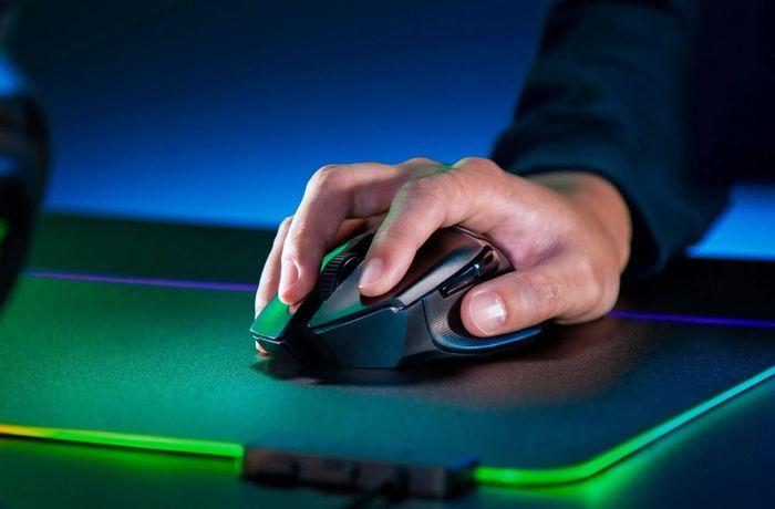 Igralna miška Razer Basilisk X HyperSpeed RZ01-03150100-R3G1 desničarska rešitev