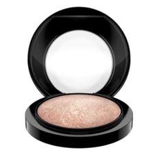 MAC Luxusní zapečený rozjasňující pudr (Mineralize Skinfinish) 10 g