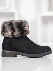 Komfortní dámské černé kotníčkové boty na plochém podpatku