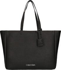 Calvin Klein Dámska kabelka Worked Shopper Black