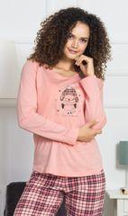 Stylomat Dámské pyžamo dlouhé Tučňák s čepičkou barva meruňková