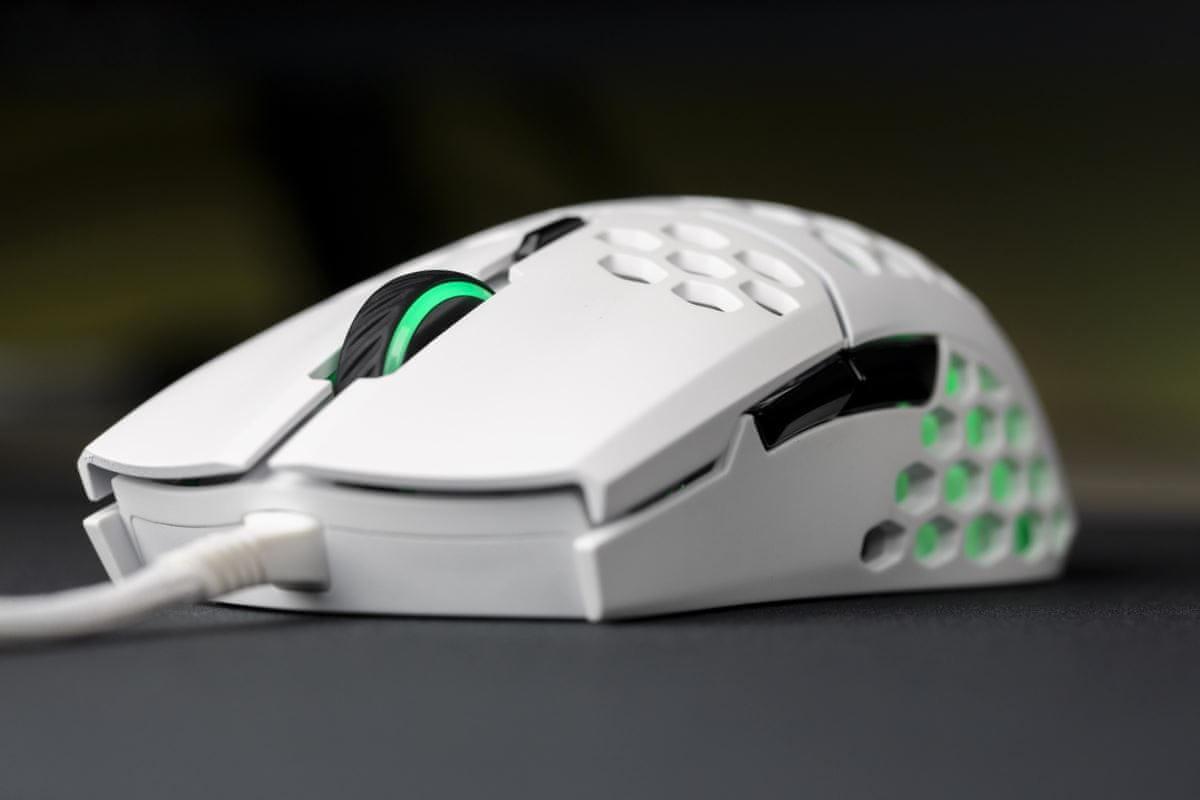 Herní myš Cooler Master LightMouse MM711 (MM-711-WWOL1) pravoruké řešení claw palm