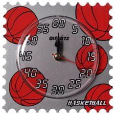 Max Budík stojící 606 basketbal