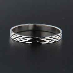 Amiatex Strieborný prsteň 13843