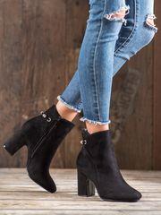 Designové kotníčkové boty černé dámské na širokém podpatku