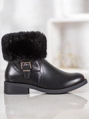 Trendy kotníčkové boty černé dámské na plochém podpatku