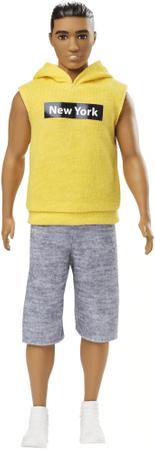 Mattel lutka Barbie Model Ken 131 - rumena jopica s kapuco