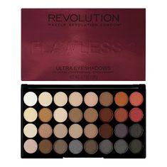 Makeup Revolution Ultra paletka 32 očných tieňov Flawless 2 ( Ultra 32 Eyeshadow Palette Flawless 2)