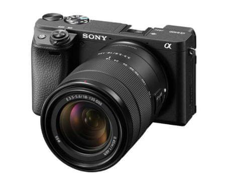 SONY aparat Alpha 6400 + 18-135 mm (ILCE6400MB.CEC)
