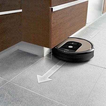 iRobot Roomba 976 nabíjanie počas upratovania