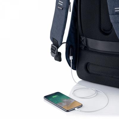 XD Design nahrbtnik Bobby Hero Regular, svetlo moder (P705.295) skriti žepi varnostni žepi RFID vgrajen polnilni kabel