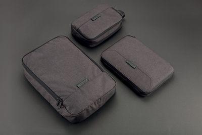 cestovní taška   XD Design Kompresní cestovní organizér (P760.061) dostatečný objem pro všechny vaše potřeby