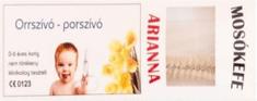 Arianna Arianna-čistiaca kefka.