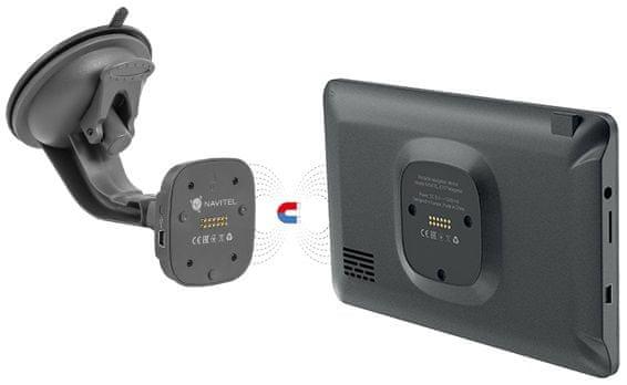 Nawigacja GPS Navitel E707 Magnetic, bezprzewodowe ładowanie, aktywny uchwyt magnetyczny, automatyczne włączanie i wyłączanie