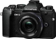 Olympus E-M5 Mark III + 14-42 EZ