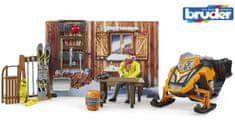 BRUDER 63102 BWORLD Horská chata s figurkou a skútrem