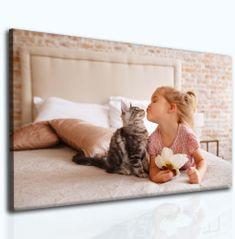 InSmile Obraz dítě a kotě Velikost: 120x80 cm