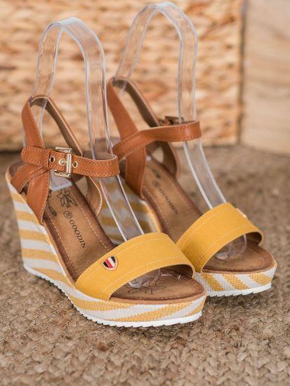 Pěkné zlaté dámské sandály na klínku + Ponožky Gatta Calzino Strech, odstíny žluté a zlaté, 37