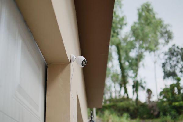 Bezpečnostní IP kamera Blurams Outdoor Pro, rozlišení Full HD, noční vidění, zoom, širokoúhlá, IP65, odolná, outdoorová, cloudové úložiště