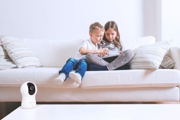 Rotační IP kamera Blurams Dome Pro, rotace otáčení inteligentní sledování a rozpoznání pohybu