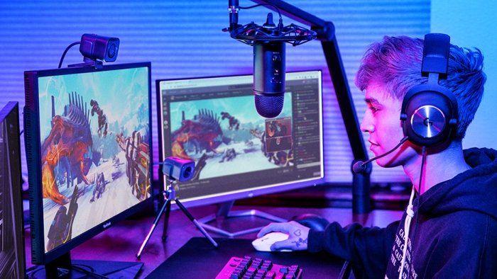 kompaktní webová kamera Logitech StreamCam, šedá (960-001281) Full HD 60 fps USB-C stabilizace obrazu duální mikrofony