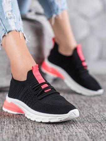 Nőitornacipő 64520 + Nőin zokni Gatta Calzino Strech, fekete, 40