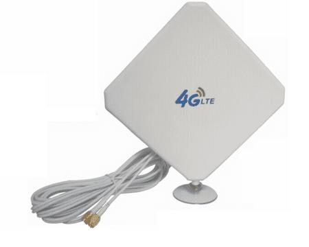 Antena s steklenim sesalnim pokrovom za usmerjevalnik s SIM kartico 4G LTE / 3G / 2G 5dBi, SMA konektor, 2m kabel, MIMO