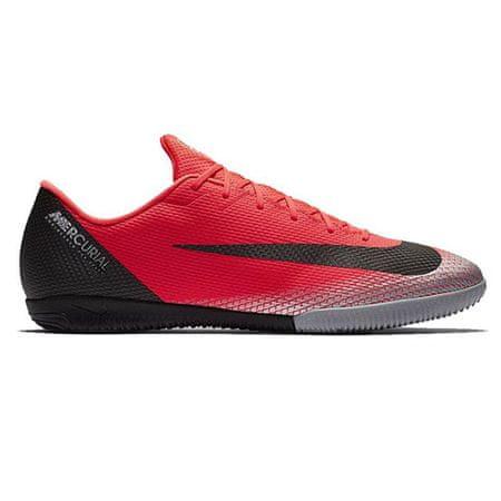 Nike CR7 VaporX 12 Akadémia (IC), 20. | FOK | Felnőtt UNISEX LOW TOP | FÉNYKERESKEDÉS / FEKETE-KRÓMA-TÖRÖS SZÜRKE | 11