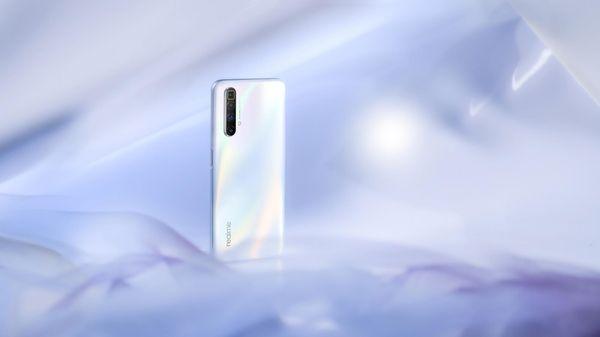 Realm X3 Superzoom, super AMOLED displej, 90 Hz, veľký, bezrámčekový, Full HD, vysoké rozlíšenie, Gorilla Glass 5