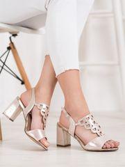 Vinceza Komfortní sandály zlaté dámské na širokém podpatku