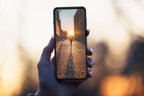 Motorola G 5G Plus, čtyřnásobný fotoaparát, ultraširokoúhlý, makro, duální ultraširokoúhlá selfie kamera, hloubka ostrosti, bokeh efekt