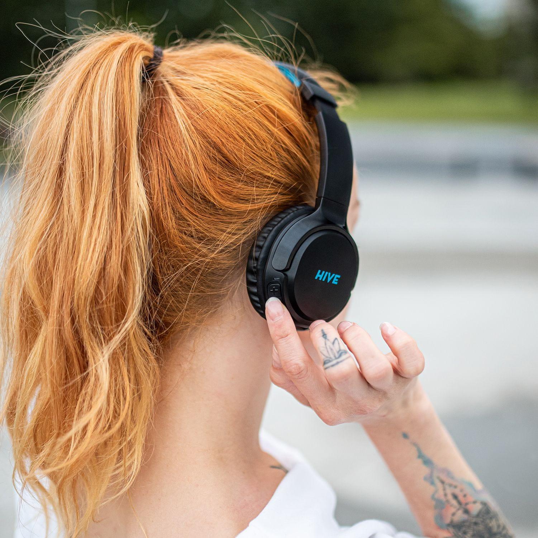 niceboy prenosné slúchadlá hive 3 prodigy ľahká pohodlná bezdrôtová Bluetooth 5.0 slúchadlá 32 h na nabitie audio kábel ľubovoľne drôtová usb nabíjanie skvelý zvuk IPX4 odolná hlasoví asistenti handsfree mikrofón maxxbass čistý zvuk