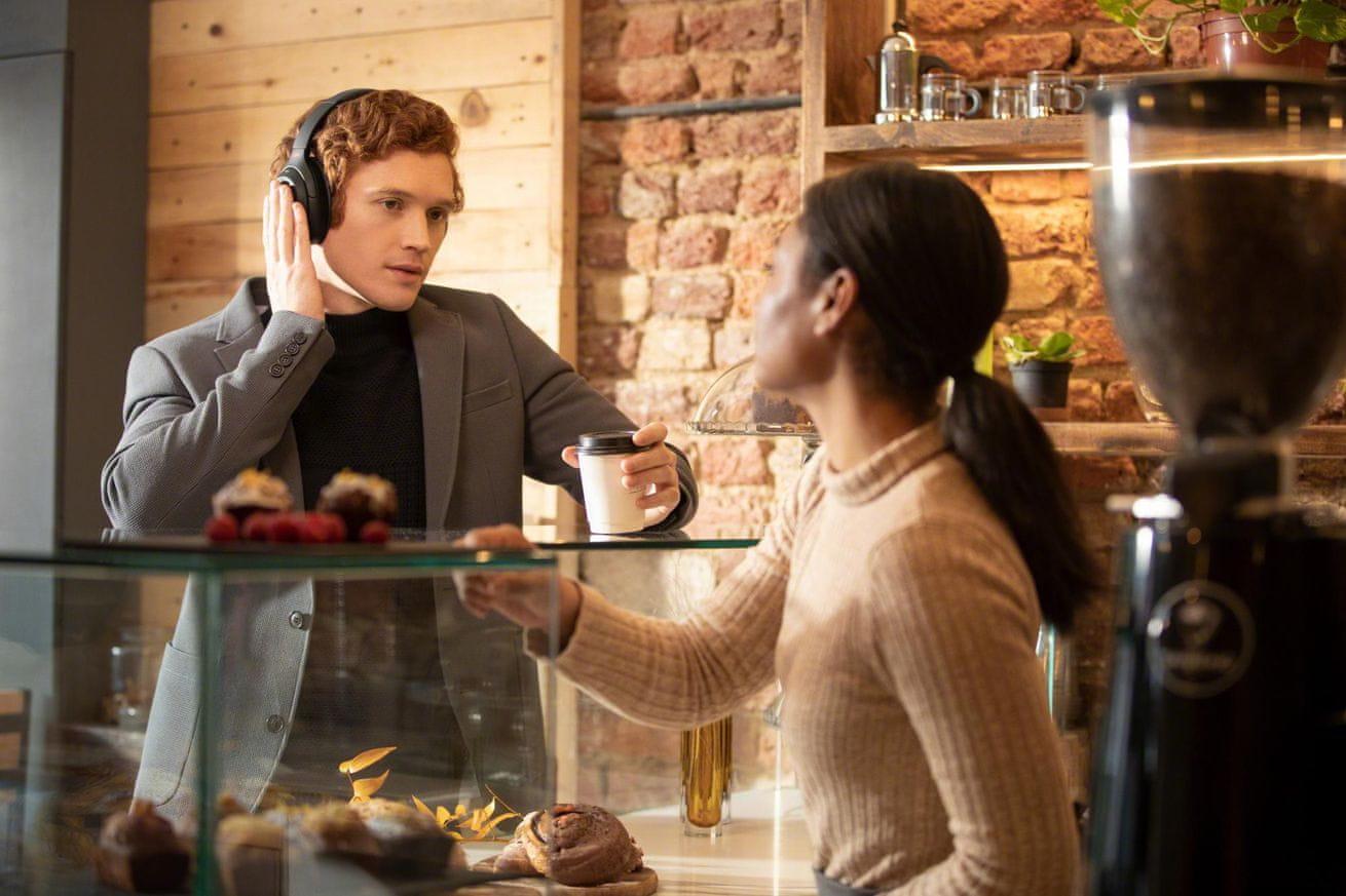 Słuchawki Sony WH-1000XM4, model 2020 ustawienia zgodnie z daną sytuacją smart listening