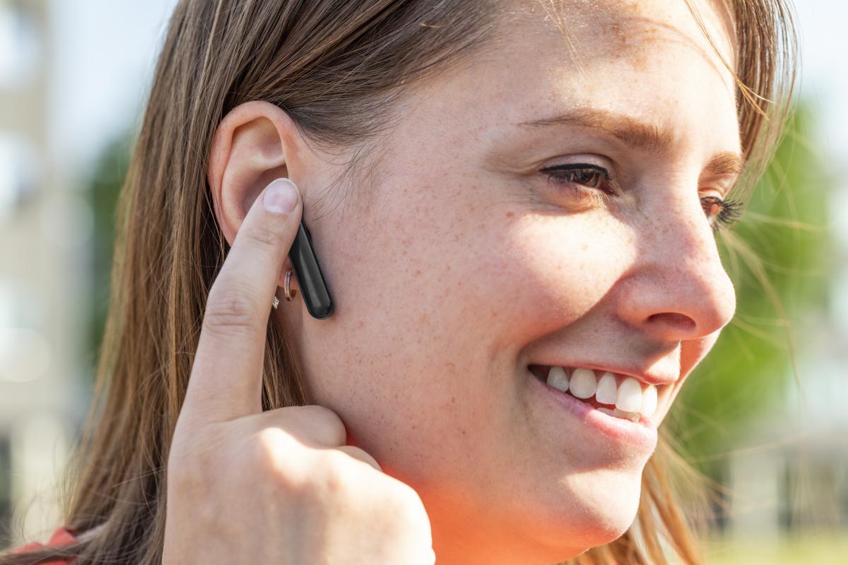 bluetooth bezdrátová sluchátka do uší Trust Primo Touch BT dotykové ovládání hlasitosti příjem hovorů