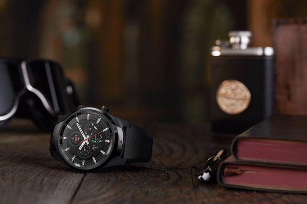Inteligentné hodinky TicWatch Pro 4G, NFC, bezkontaktné platby, GPS, notifikácia, hudobný prehrávač, telefonovanie